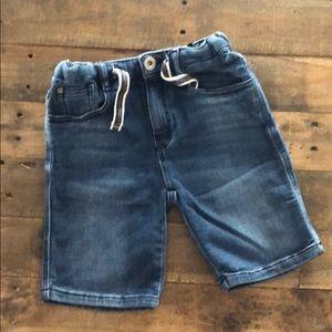 Zara Kids: Boys denim shorts